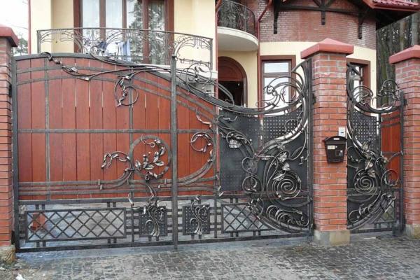 kv-40 Подъемные ворота для гаража | Купить в Москве