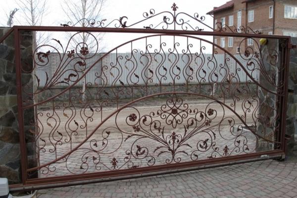 ov-26 Кованые кровати на заказ | Купить кровать с ковкой в Москве